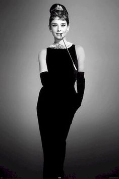 Audrey Hepburn-- Breakfast at Tiffany's