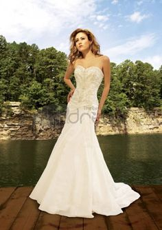 Beach Wedding Dresses / A-Line/Princess Sweetheart Chapel Train Taffeta Wedding Dresses with Lace Beadwork (002004477)