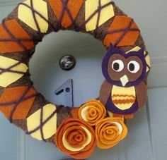 Yarn wreath with an OWL! I may have to make this one next fall since I already made one this fall.