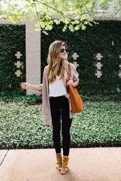 black jean outfit idea // transitional outfit idea // cute outfit with black…