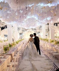 Are you thinking about having your wedding by the beach? Are you wondering the best beach wedding flowers to celebrate your union? Here are some of the best ideas for beach wedding flowers you should consider. Wedding Goals, Wedding Themes, Wedding Designs, Wedding Planning, Dream Wedding, Wedding Decorations, Wedding Dresses, Wedding Ideas, Wedding Ceremony