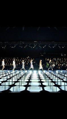 BALENCIAGA SPRING 15- catwalk - runway - model - fashion