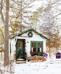 Christmas Decoration of Tiny Cottage or Shed