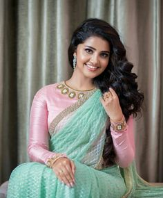 Anupama Parameswaran South Indian Actress  AADITI POHANKAR PLAYS THE LEAD CHARACTER IN NETFLIX ORIGINAL SERIES SHE PHOTO GALLERY  | 1.BP.BLOGSPOT.COM  #EDUCRATSWEB 2020-05-11 1.bp.blogspot.com https://1.bp.blogspot.com/-ZkA0rUhL_xY/XohSWPuScNI/AAAAAAAABPM/SN-I4de88KgQTugFVTUlccolE5uOx7-_ACNcBGAsYHQ/s640/aditi-pohankar-pics-koolimages4.jpg
