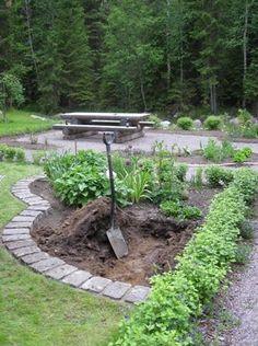 Idea for our gardenplans Green Garden, Summer Garden, Garden Cottage, Home And Garden, Outdoor Living, Outdoor Decor, Garden Inspiration, Stepping Stones, Outdoor Gardens