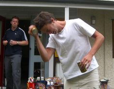 You're Doing It Wrong: beer can crushing and other helpful things. This is actually helpful (peeling potatoes, eggs, etc. I Love You Sister, Youre Doing It Wrong, Beer Cans, Peeling Potatoes, Hilarious Stuff, Live Laugh Love, How To Know, Helpful Hints, Something To Do