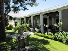 Kendal Cottage - Kendal Cottage is a 120 year-old heritage house, situated in the quite area of Diep Rivier, close to the main M3 freeway and on the doorstep of Constantia. The house has charming features throughout, with ... #weekendgetaways #capetown #southafrica