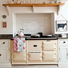 Country Farmhouse Decorating Ideas | Summer Decorating Ideas for Country Kitchens | Ideas for Home Garden ...LOVE this stove!
