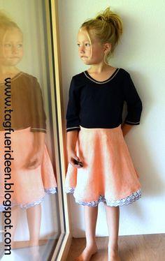 Näh-Connection: Janie Dress von Mouse House Creations - Ebook für wunderschöne Drehkleider mit vielen Ärmel- und Ausschnittvarianten. Auf Deutsch nur bei Näh-Connection. Designbeispiel von Tag für Ideen