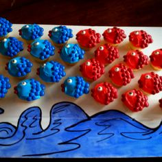 Red Fish, Blue Fish. Dr. Seuss cupcakes