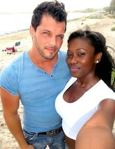 Mixed, Interracial Couple Boyfriend Girlfriend Pics - Part 60 Interacial Love, Interacial Couples, Black Woman White Man, Black And White Love, Mixed Couples, Couples In Love, Biracial Couples, Beaux Couples, Interracial Family