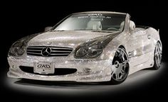 Diamond Covered Mercedes-Benz!! What!!!! Amazing.