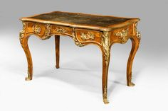 19th Century Kingwood Writing Table by Gillows by GILLOWS OF LANCASTER & LONDON (Ref No. 361) - Windsor House Antiques