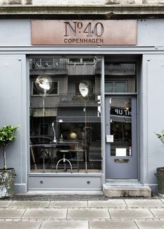 http://designcollector.net/coffee-shops-cafe-and-stores-exteriors-inspiration-set/