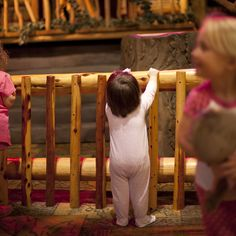 Wear pajamas to Story Time at Great Wolf Lodge Pocono Mountains, PA. GWLPoconoReady