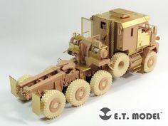 E35-131 Modern U.S. M1070 Truck Tractor -E.T.model