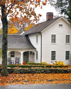 New England Fall, New England Homes, England Time, Colonial, Autumn Scenery, Loft, Cute House, French Countryside, Autumn Home