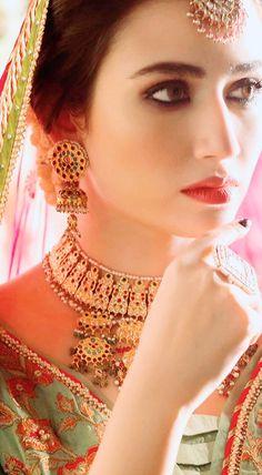 Pakistani Models, Pakistani Actress, Pakistani Bridal Dresses, Outdoor Wedding Decorations, Dress Makeup, I Love Girls, Girl Crushes, Designer Wear, Indian Fashion