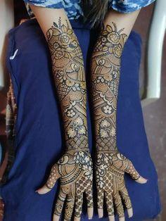 Bridal Mehndi Artist, Dulhan Mehndi Designer and Sanskriti Rangoli Latest Bridal Mehndi Designs, Mehndi Designs Book, Full Hand Mehndi Designs, Mehndi Designs For Girls, Stylish Mehndi Designs, Dulhan Mehndi Designs, Wedding Mehndi Designs, Mehndi Design Pictures, Beautiful Mehndi Design