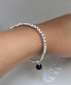 Black onyx bracelet beaded bracelet onyx black by Carminajewels