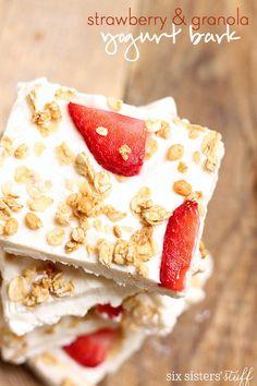 Strawberry & Granola Yogurt Bark