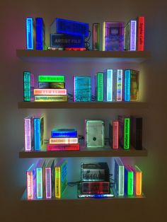 Museums installation & installation v Arte Hippy, Museum Plan, Contemporary Museum, Neon Room, Museum Poster, Museum Architecture, Interior Architecture, Neon Aesthetic, Museum Displays