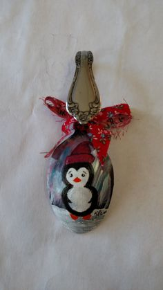 penguin spoon ornament by klamarts on Etsy Farmhouse Christmas Ornaments, Christmas Art, Christmas Decorations, Spoon Ornaments, Painted Ornaments, Santa Ornaments, Painted Spoons, Wooden Spoons, Hand Painted
