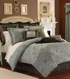 Master bedroom bedding like the pillows