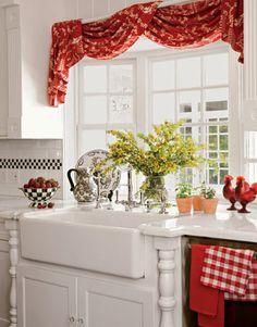 cottage window treatment ideas | Занавески на кухню с фото
