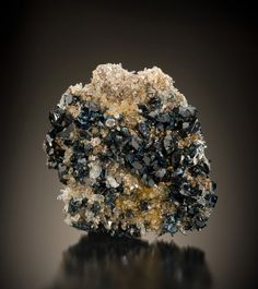 Lazulite with Siderite and Quartz