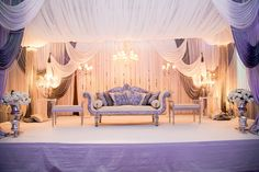 Walima Stage - without chandeliers/ Gold intead of gray