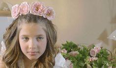 Peinados con flores de primera comunión para niñas #peinadosdeprimeracomunión #peinadosparaniñas #tutorialpeinados