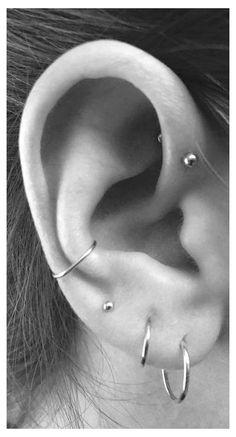 Tragus Piercings, Cute Ear Piercings, Multiple Ear Piercings, Unique Piercings, Tragus Stud, Orbital Piercing, Peircings, Ear Piercing Names, Cartilage Hoop