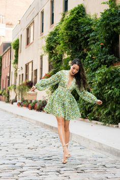 Floral dresses for summer! Outfit in Zimmermann dress & Alexandre Birman sandals. Green Dress Outfit, Green Floral Dress, Wrap Dress Floral, Yellow Dress, Pink Dress, Floral Dresses, Chic Outfits, Dress Outfits, Casual Dresses