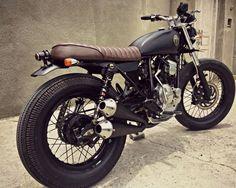 Yamaha Scorpio 225 Brat Style by MalaMadre Motorcycles www.caferacerpasion.com