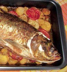 Crap pe pat de legume - Retete culinare - Romanesti si din Bucataria internationala Crap, Seitan, Tzatziki, Martha Stewart, Nutella, Pork, Gluten, Fish, Recipes