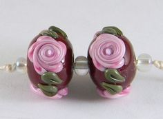 GMD-Lampwork-Beads-PINK-ROSES-ON-DK-RED-matched-floral-pair-for-earrings-SRA