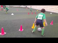 تدريب كرة قدم صغار - YouTube Soccer Drills, Kara, Football, Children, Sports, Workouts, Soccer, Warming Up, Workout Exercises