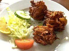 Shah's Balti House Indian Food #Curry #LarkLane #onionbahji