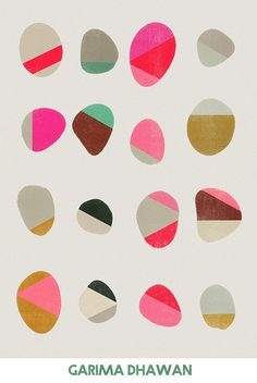 The Painted Pebbles Quilt with tutorial by rOssie, based on Garima Dhawan print Would be nice as artwork on a wall. Natural linen background with natural dyed linen pebbles.