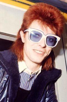 David Bowie - I need those sunglasses!