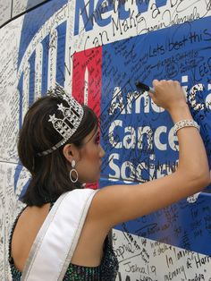 American Cancer Society, graffiti wall 25 cents to write down someone to honor or remember, on site fundraiser?