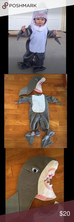 Baby / Toddler Shark Deluxe Halloween Costume Baby Shark Costume, Toddler Halloween Costume, Shark Costume, Baby Shark Costume, Shark Head This shark costume is so cute! Worn once. Clean.   Size: 12-18 months   Includes: Shark head Shark feet covers Shark bodysuit / pjs  Original price: $55 Selling for $20   Pick up in Wailuku Costumes Halloween