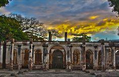 """Ruinas de Escuela de Artes y Oficios """"José Mariano Méndez""""- Santa Ana"""