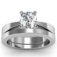 Tapered Solitaire Engagement Ring with Matching Band set in 18k White Gold