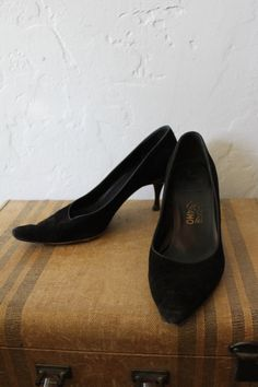 Witchy Woman shoes  Black Suede Kitten heel pumps by Salvatore Ferragamo  by FeralVintage on Etsy, $23.00