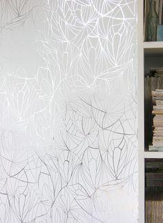 TAPETAI LEAF White Silver | Dekorama