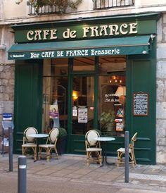 Paris Coffee Shop, French Coffee Shop, Cafe Design, House Design, France Cafe, Deco Cafe, European Cafe, Café Vintage, Grenoble