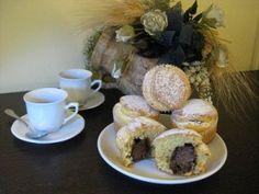 Muffin con Crema di Nocciole   http://www.latavolozzadeisapori.it/ricette/muffin-con-crema-di-nocciole