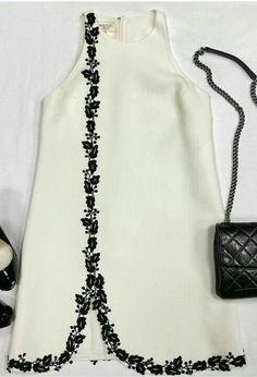Abaya Fashion, Fashion Dresses, Kleidung Design, Diy Clothes, Clothes For Women, Robes D'occasion, Diy Mode, Blouse Dress, Dress Sash